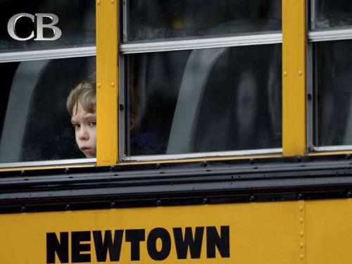 Escena de la escuela Sandy Hook en donde murieron 20 niños y ocho adultos.