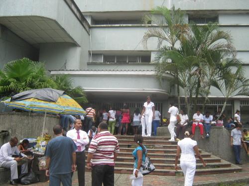 Hospital de Buenaventura, uno de los más afectados por la crisis.