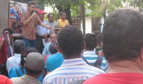 Interviene José Padahuí, miembro del Comité Central del PCC y secretario general en Bolívar.
