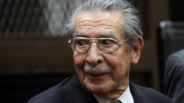 El ex dictador Ríos Montt, cobijado por la impunidad.