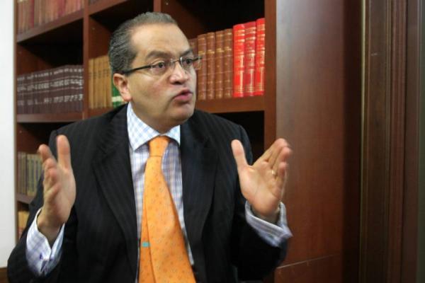 El ministro del Interior, Fernando Carrillo