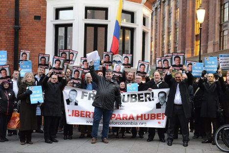 Parlamentarios y sindicalistas británicos piden la libertad de Huber Ballesteros.