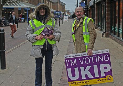 Partidarios del partido de extrema derecha británico UKIP. Foto: theglobalpanorama via photopin cc