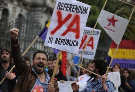 Contra la monarquía en España