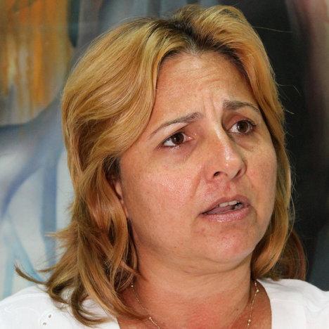Elizabeth Palmeiro, esposa del patriota cubano Ramón Labañino, prisionero en una cárcel de Estados Unidos.
