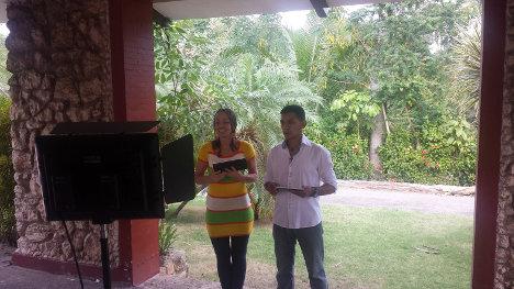 El director de VOZ fue testigo de la excelente grabación del programa de televisión que las FARC-EP distribuyen por la página en internet de la delegación de paz (www.pazfarc-ep.org). Foto C.L.