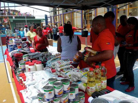 El gobierno hace esfuerzos por normalizar la entrega de alimentos.