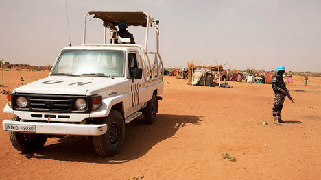 Foto: UNAMID Peacekeepers Patrol Zam Zam via photopin (license)