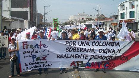 Aspecto de la movilización por la paz en Barranquilla. Foto WJD.