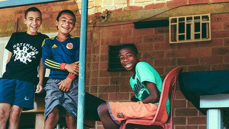 Foto: Comunidad Afro en el barrio Mano de Dios via photopin (license)
