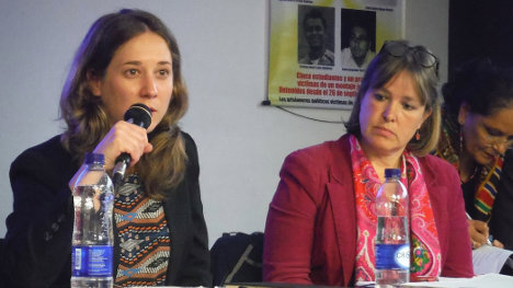 Marina Aliol, representante de Izquierad Unida, y Keike Hansel, del partido Die Linke, de Alemania.