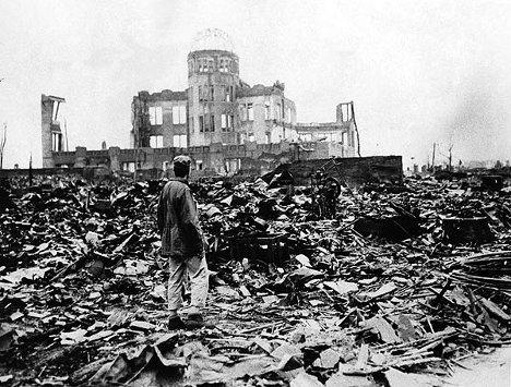 Hiroshima, 15 minutos después de caer la bomba atómica.