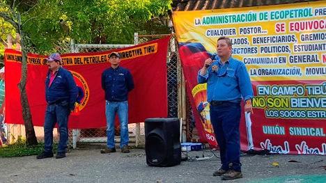 Mitin frente a las instalaciones de Campo Tibú. Foto USO.