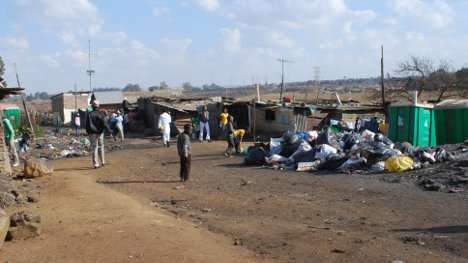 La pobreza multidimensional como la llaman ahora y la extrema son una patética realidad en las ciudades y en el campo.
