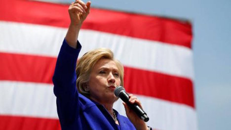 Hdlns1-Hillary-Cali