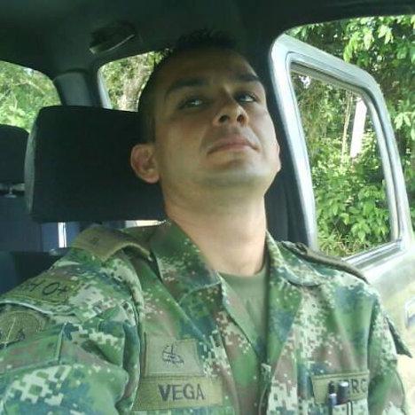 Diego Armando Martínez Vega, soldado profesional.