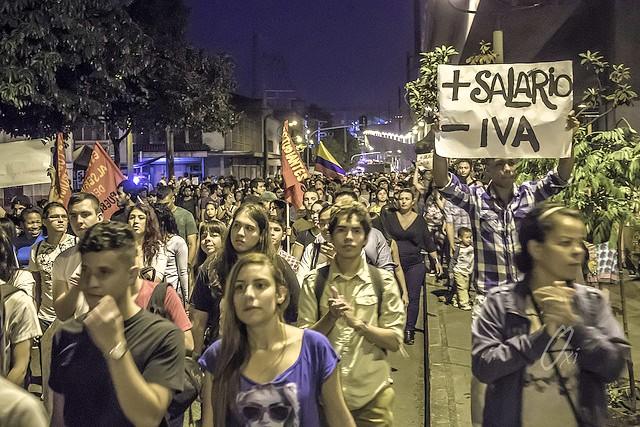 Salario Mínimo, Medellín. Foto: Oscar Andrés Pardo Vélez via photopin (license)