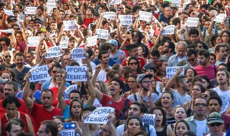 Antes y después de las elecciones, cada vez mayores sectores ciudadanos rechazan la política económica de Temer y exigen su renuncia.